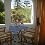 Superior Twin Room, Garden View - Balcony