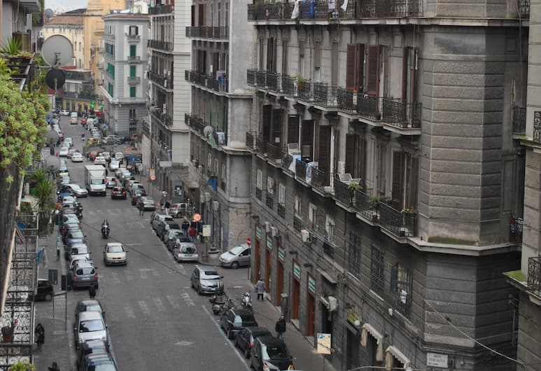 Bed & Breakfast A Castel Capuano, Naples, Family Room, Street View