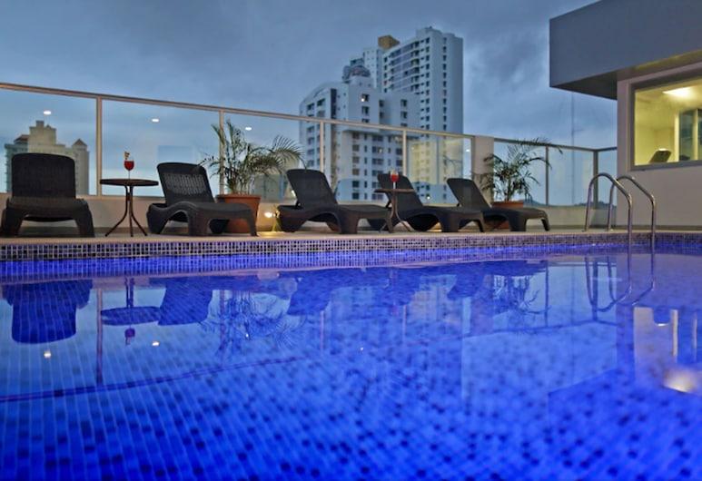 Ramada Panama Centro Via Argentina, Ciudad de Panamá, Alberca al aire libre