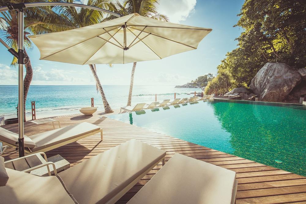 Carana Beach Hotel Mahe Island