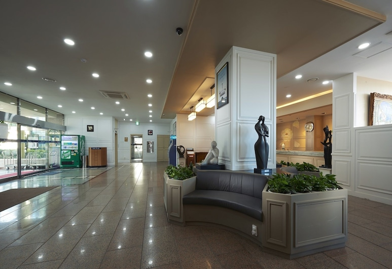 Jeju Marina Hotel, Jeju City, Lobby Sitting Area