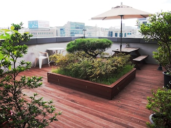 Picture of Good Morning Residence Hotel HUE in Daejeon