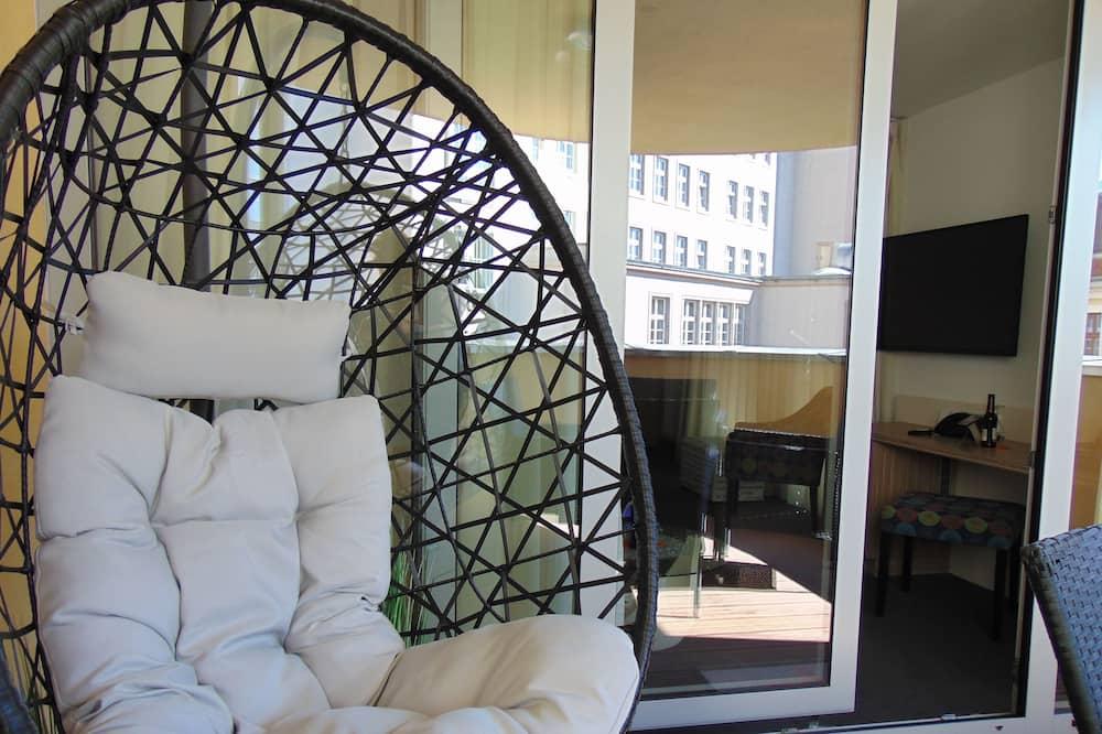 Pokoj Deluxe s dvojlůžkem, balkon - Obývací prostor