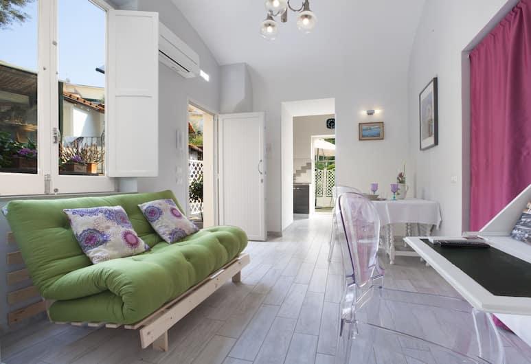 Dreaming Sorrento Suites, Sorrento, Suite Deluxe, 1 habitación, cocina, con vista al jardín (Astra), Vista desde la habitación