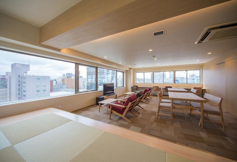 The STAY SAPPORO - Hostel, סאפורו, חדר, 6 חדרי שינה, אזור מגורים