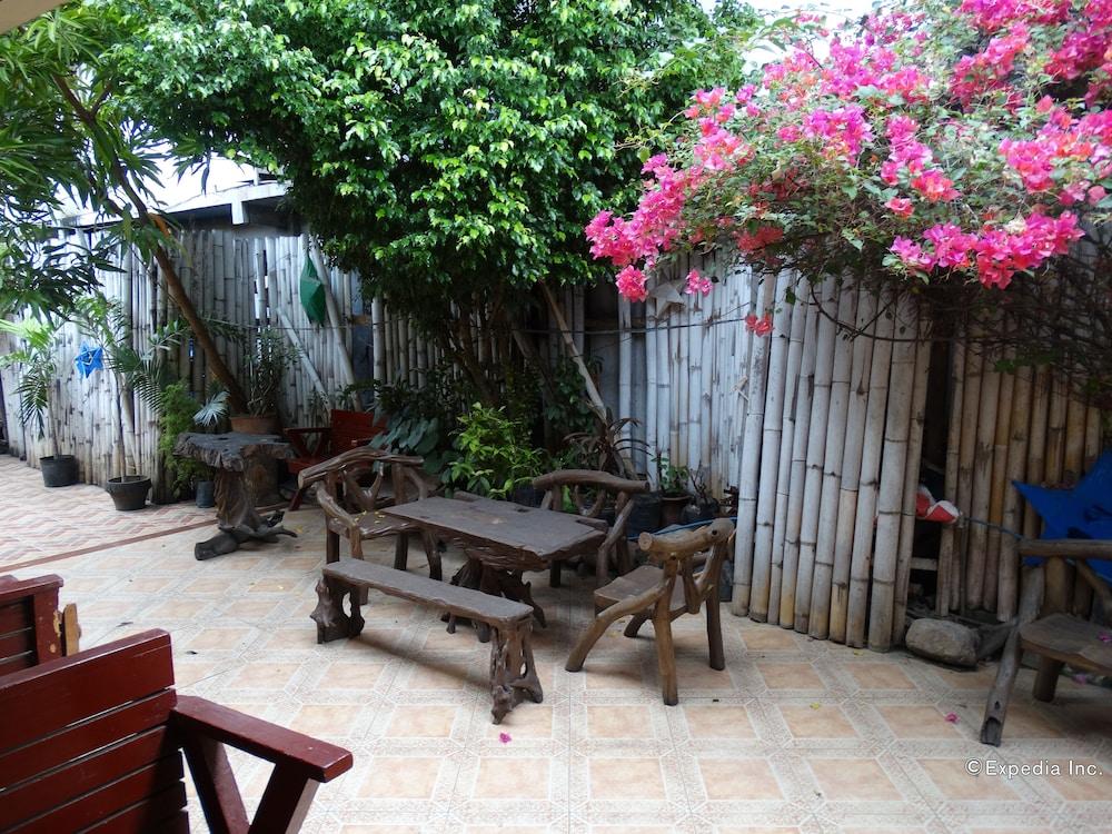 Circon Businessmanu0027s Inn, Puerto Princesa, Terrace/Patio