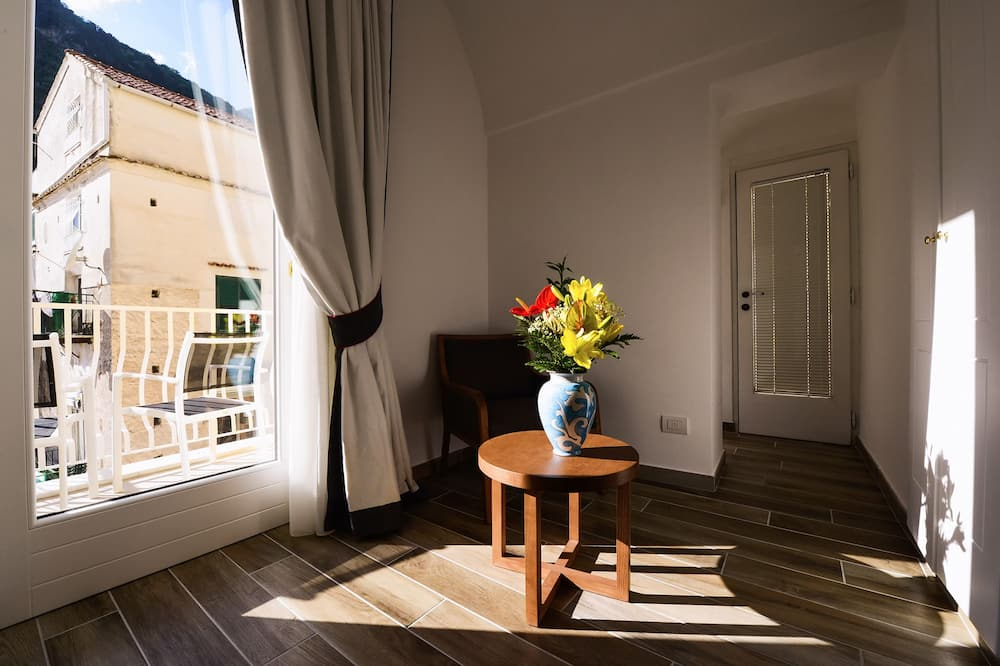 Pokoj typu Superior, balkon - Obývací pokoj