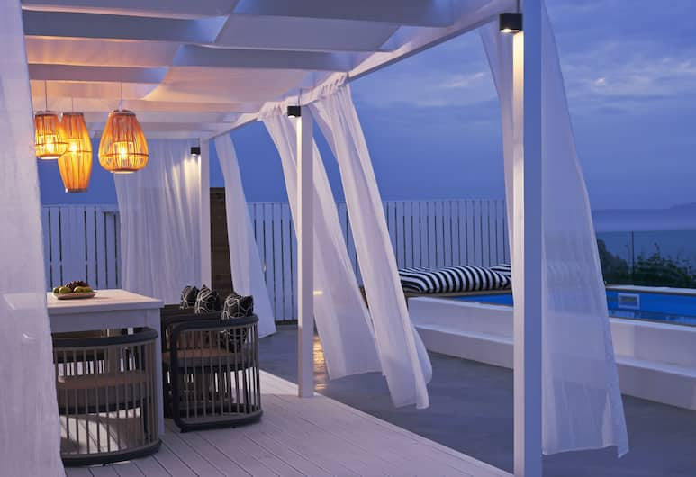Mr & Mrs White Crete Lounge Resort & Spa, Chania, Honeymoon Suite, Private Pool, Guest Room