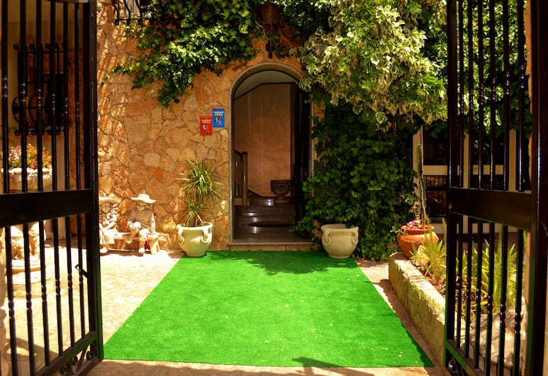 Villa Ambra B&B, Noto, Ingresso hotel