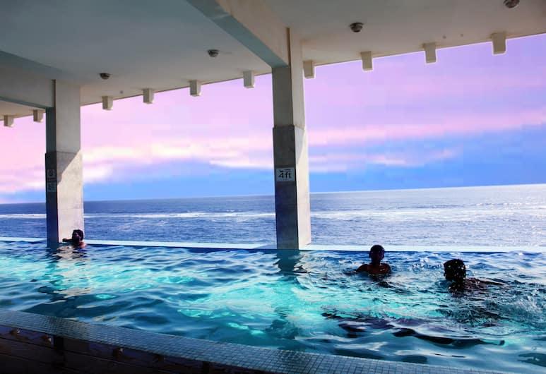 哥倫布夢想飯店, 可倫坡, 游泳池