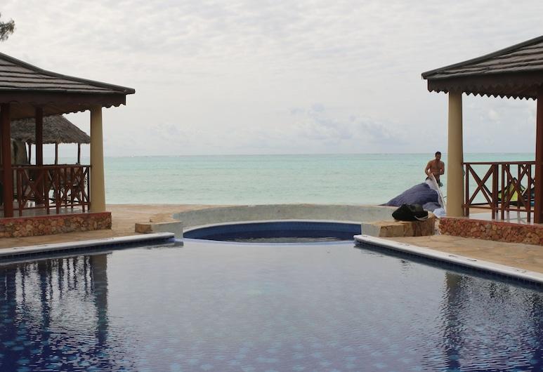 桑吉巴藍色海洋酒店, 帕杰, 室外泳池