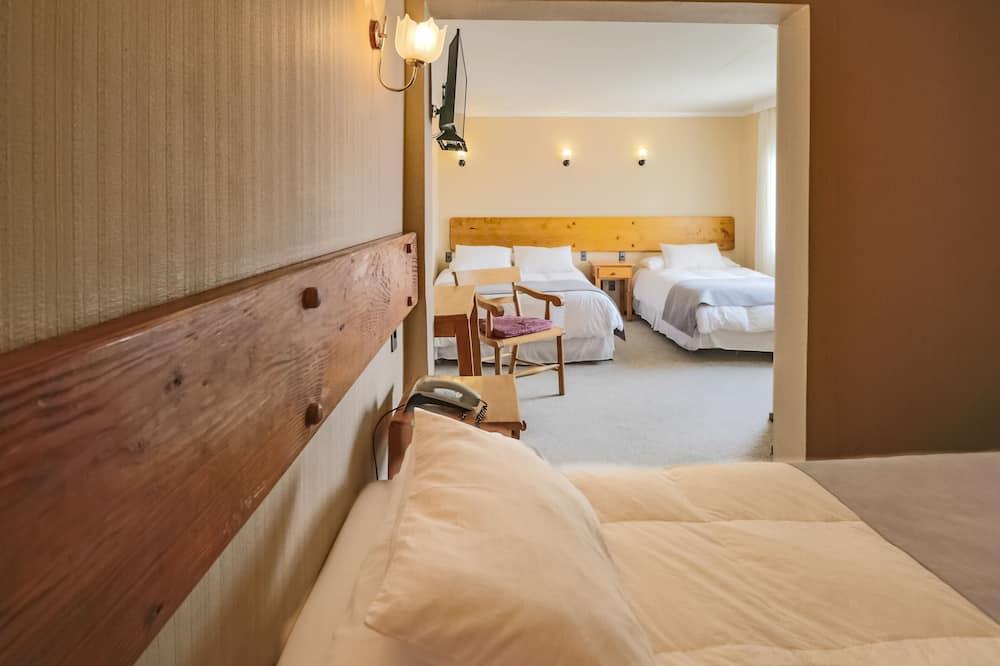 Standard Quadruple Room, Mountain View - Guest Room