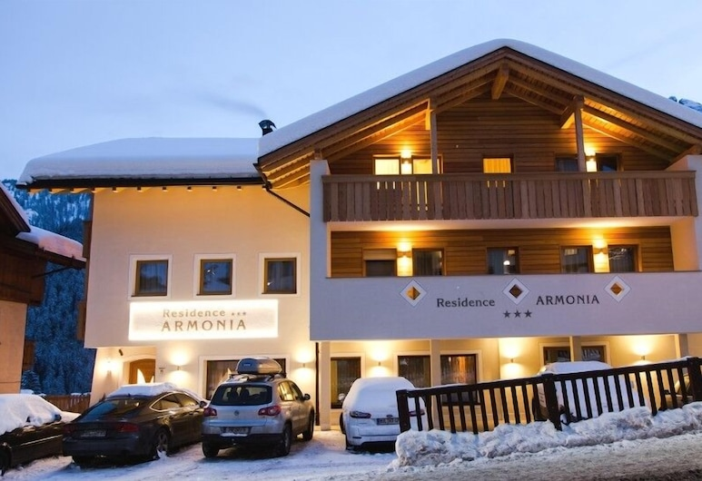 Residence Armonia, Corvara in Badia, Front of property - evening