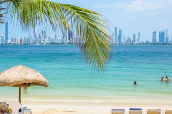 Picture of Palmarito Beach Hotel in Tierra Bomba Island