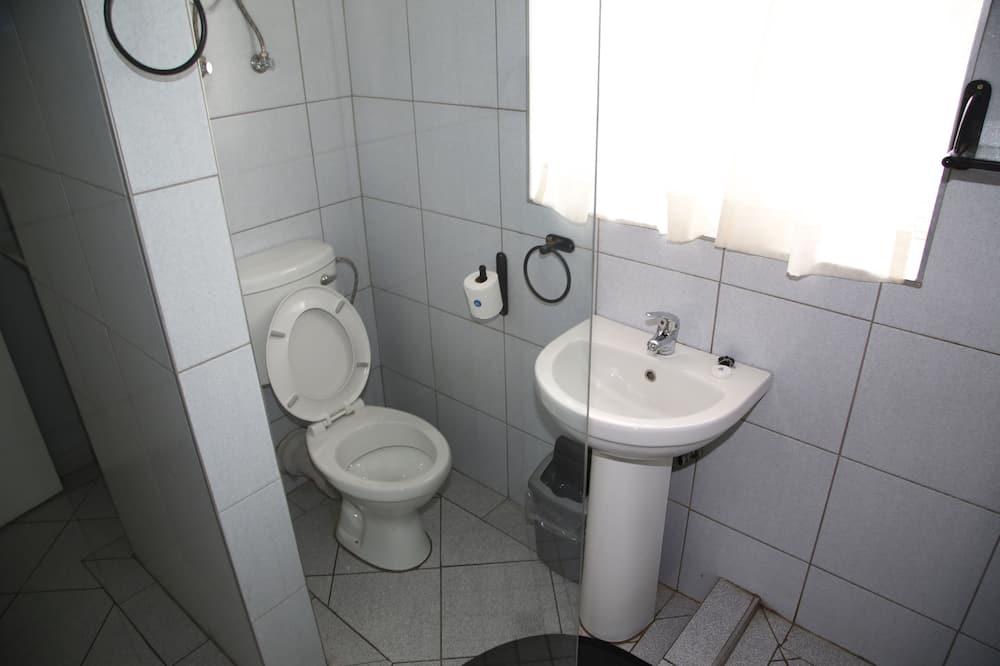 Standard Twin Room - Badeværelse