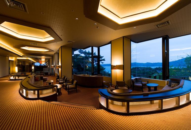 The Park Hotel Jodogahama, Mijakas, Poilsio zona vestibiulyje