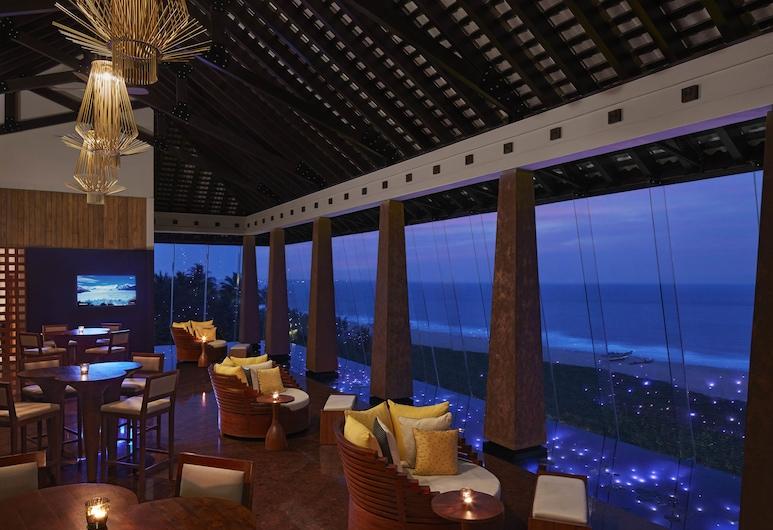 Heritance Negombo - Level 1 Safe and Secure, Negombo, Bar del hotel