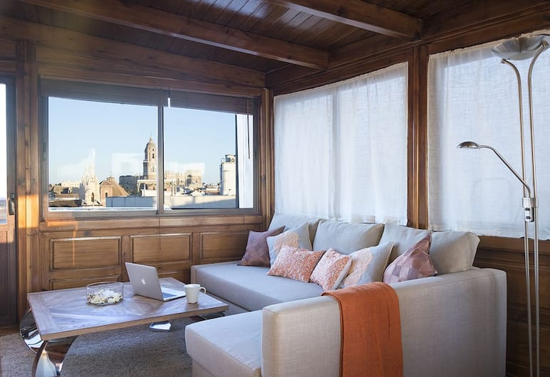 Living4Malaga Suites Superior, Málaga