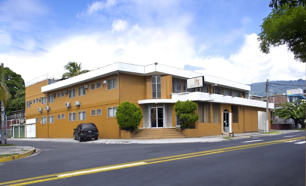 Hotel Manantiales San Salvador