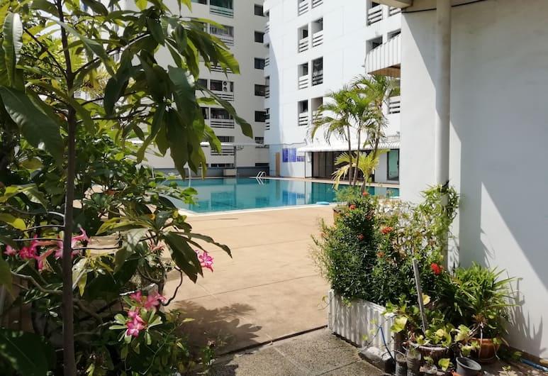 ザ ネスト サービスド アパートメント, バンコク, 屋外プール