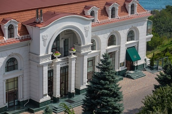 Picture of KADORR Hotel Resort & Spa in Odessa