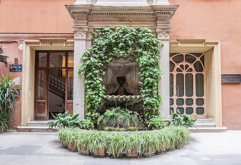 오텔 레지나 조반나, 로마, 외부