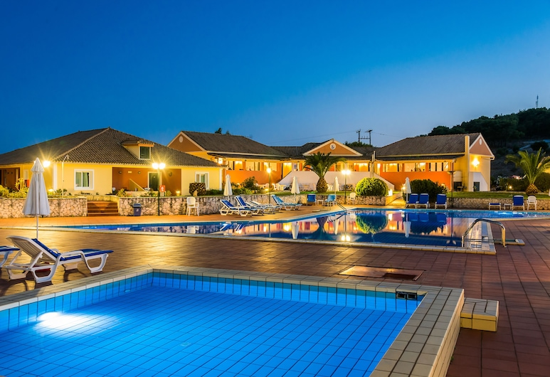 Keri Village & Spa by Zante Plaza - Adults Only, Zante, Piscina all'aperto
