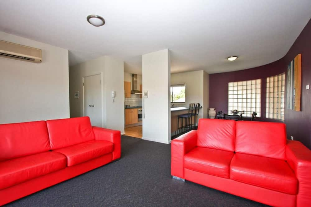 อพาร์ทเมนท์, 3 ห้องนอน - ห้องนั่งเล่น