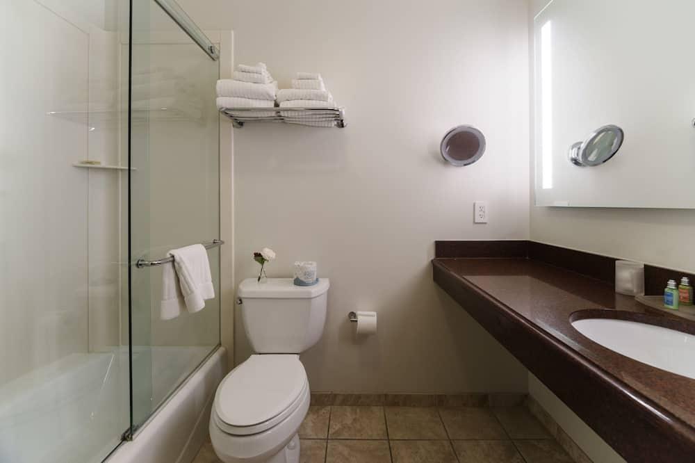 Habitación, 1 cama Queen size - Baño