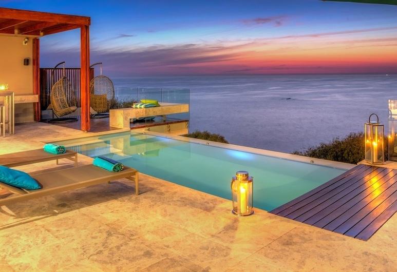 Aegea, Cape Town