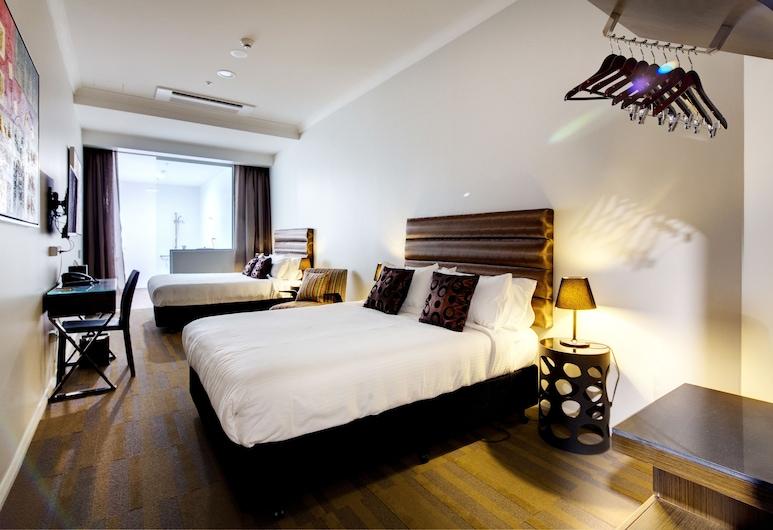 57 Hotel, סארי הילס, חדר דה-לוקס טווין, 2 מיטות קווין, נגישות לנכים, חדר אורחים