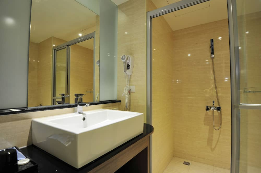 Dvojlôžková izba typu Business, 2 jednolôžka - Kúpeľňa