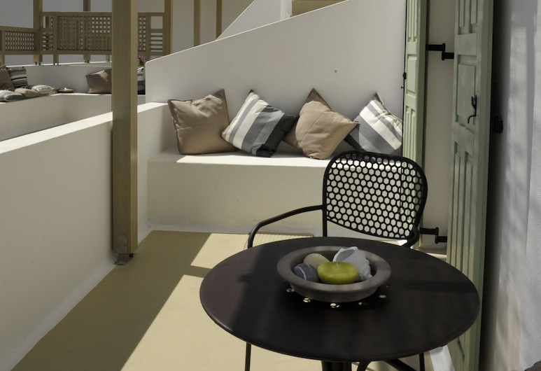ألميريس, ميلوس, غرفة سوبيريور - منظر للفناء, تِراس/ فناء مرصوف