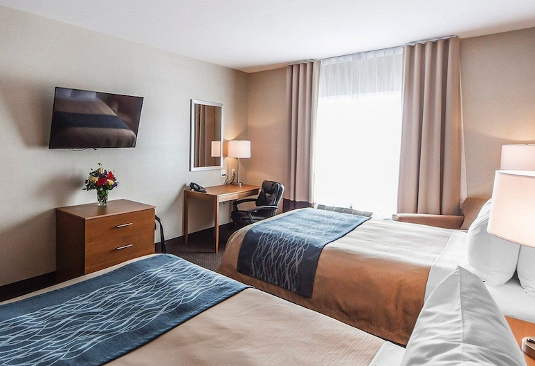 Comfort Inn & Suites, Bonnyville, Standard Room, 2 Queen Beds, Non Smoking, Guest Room