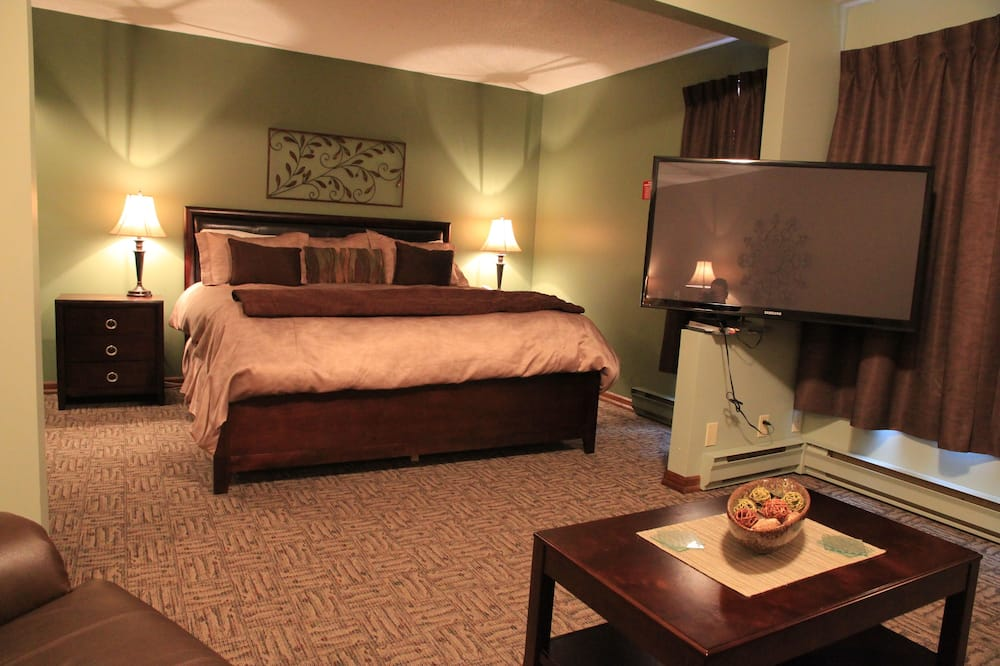 Suite, 1 King Bed (Contemporary) - Guest Room
