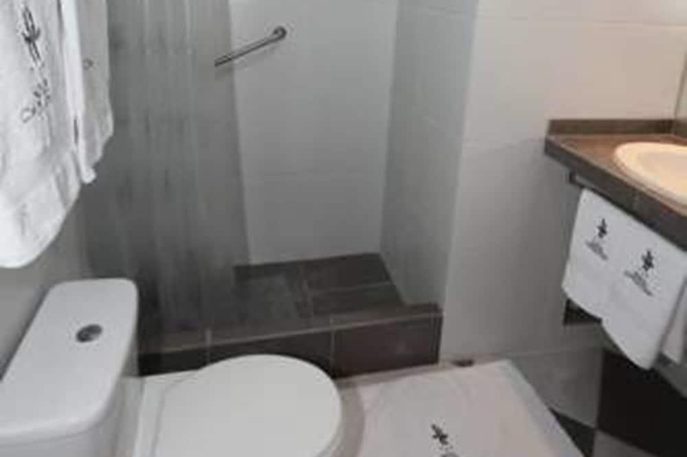Economy - kahden hengen huone - Kylpyhuone