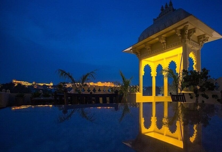Hotel Boheda Palace, Udaipur, Outdoor Pool