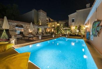 Фото Marge Hotel в в Кесме