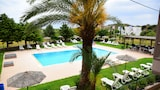 Choose This 1 Star Hotel In Rhodes