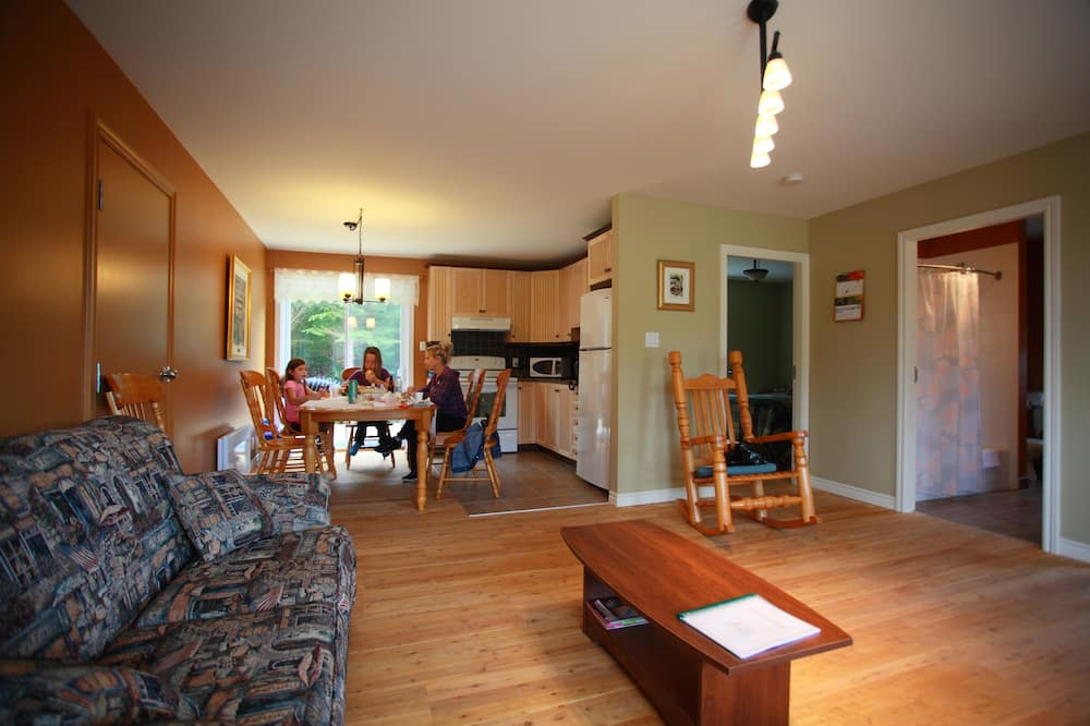 Rodinná chata, 2 ložnice, kuchyně - Obývací prostor