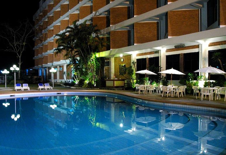 清萊威昂茵飯店, 清萊, 室外游泳池