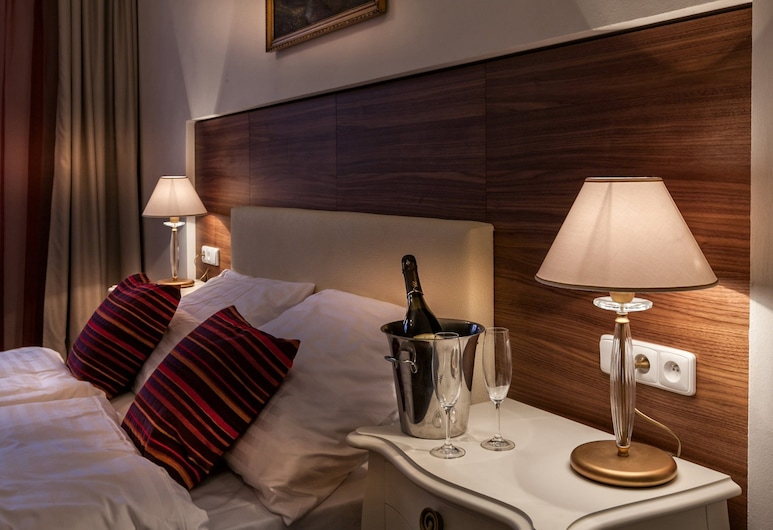 Residence U Malvaze, Praga, Quarto casal luxo, Quarto