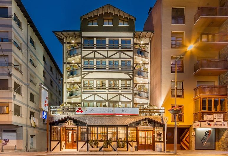 Hotel Montecarlo, Encamp, Hotel Front – Evening/Night