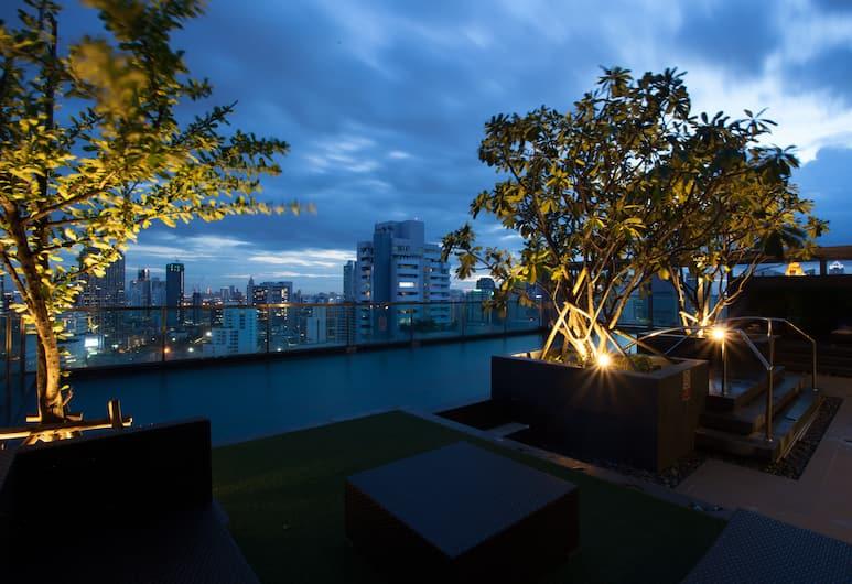 39 Boulevard Executive Residence, Bangkok, Teras Havuzu