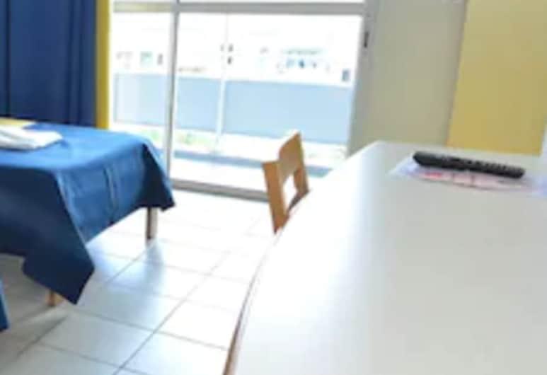 Centre International de Séjour - Hostel, Fort-de-France, Standard Room, 2 Single Beds, Guest Room View