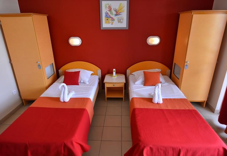 Centre International de Séjour - Hostel, Fort-de-France, Standard Room, 2 Single Beds, Guest Room