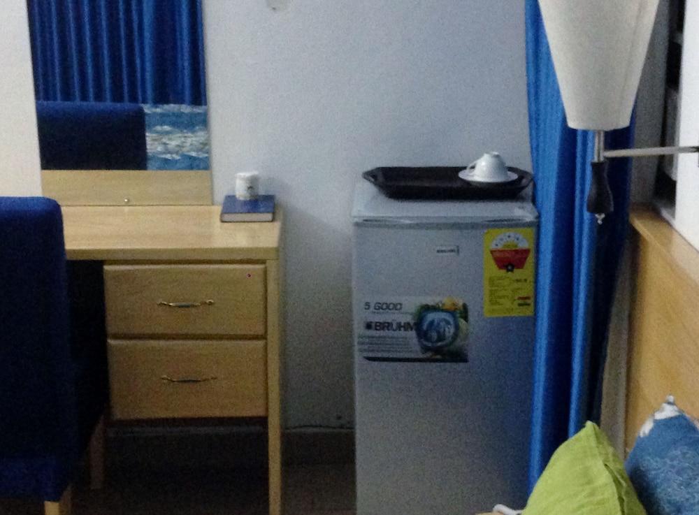 Mini Kühlschrank Im Schlafzimmer : Asantewaa premier guesthouse in kumasi hotels.com