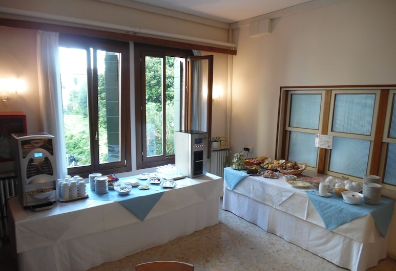 Casa Caburlotto, Venice, Breakfast Area