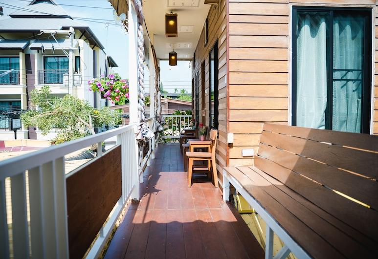 Sabuy Chiangmai, Chiang Mai, Terrasse/Patio