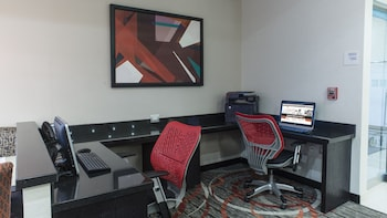 Picture of Holiday Inn Express & Suites Chihuahua Juventud in Chihuahua